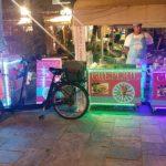velo-triporteur-glace-professionnel-vitrine-refrigeree-glaces-artisanales-vente-ambulante-quai-des-glaces-lyon-animation-evenement-street-marketing-glace-et-crepe-car-agde-languedoc-roussilon
